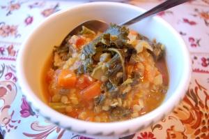 Curried Kale & Lentil Soup